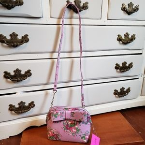 Betsey Johnson Bags - NWT Betsy Johnson Spring Crossbody